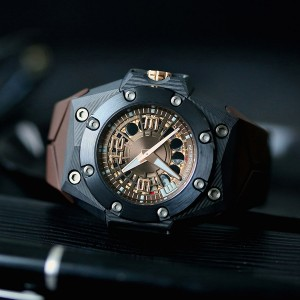 Linde Werdelin Oktopus Moon Carbon 3DTP Replica Watches