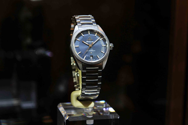 Sweep men's high quality Omega replica watches